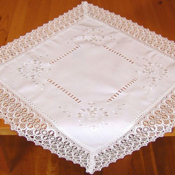 Mitteldecke Tischdecke Stick Hohlsaum Spitze wollweiß Tischwäsche 60x60 cm 1 Stk