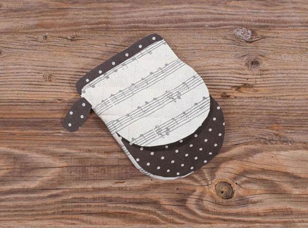 Topfhandschuh Mini Ofenhandschuh Landhaus Premium KLARA Noten Musik weiß grau